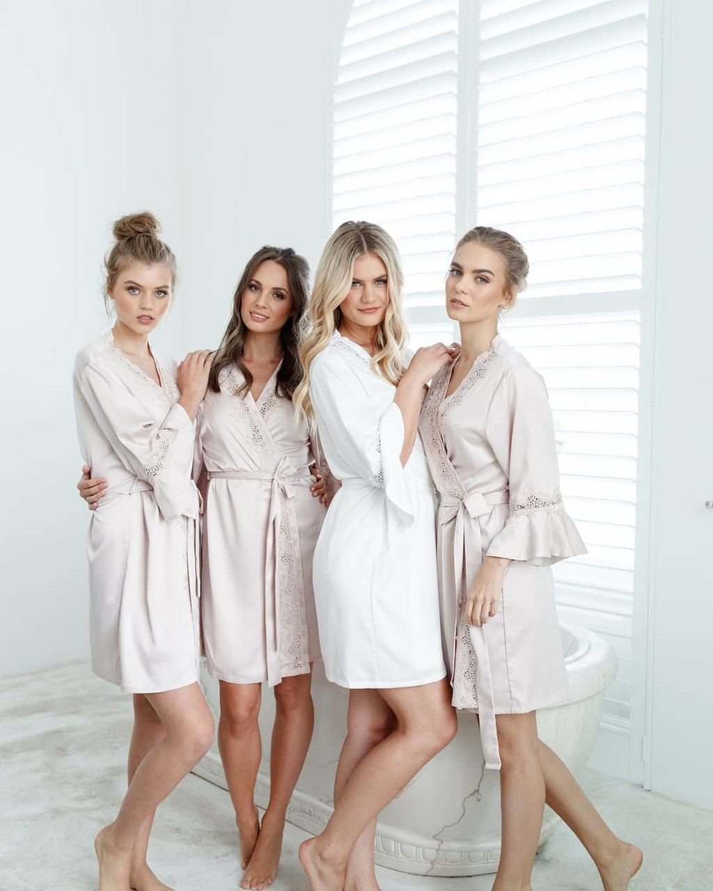 Gift your bridesmaids with a beautiful keepsake ✨ stunning ladies wear the Chloe satin robe. Available for pre order with dispatch