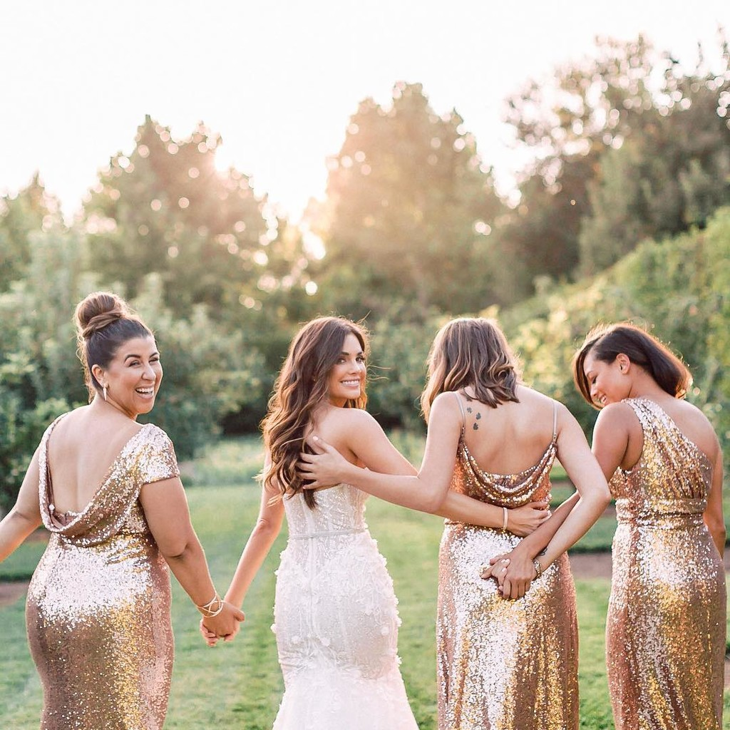 The bridesbabes who always have your back.✨ #ShopRevelry