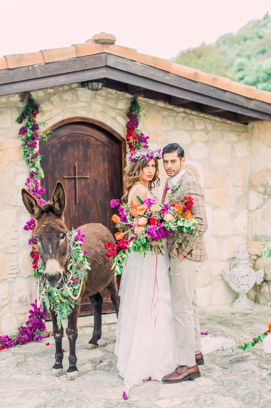 Traditional meets vibrant boho wedding ideas