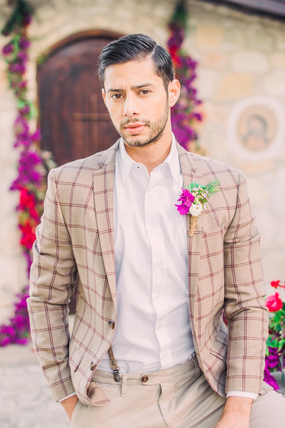 Classic country look for the groom