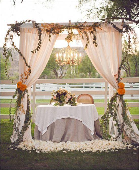 Outdoor Fall Wedding Decorations Ideas: 15 Darling Sweetheart Tables
