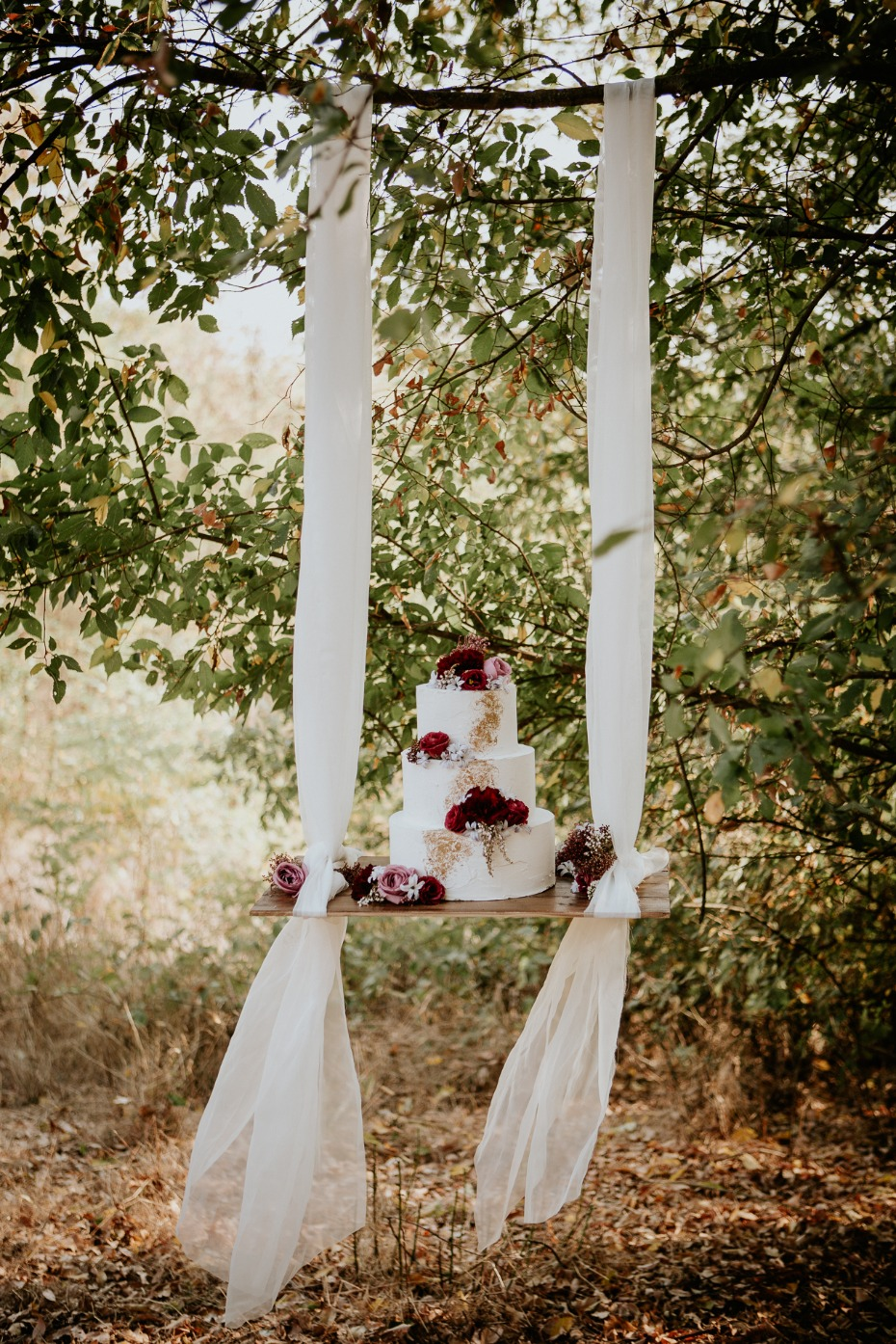 wedding cake swing