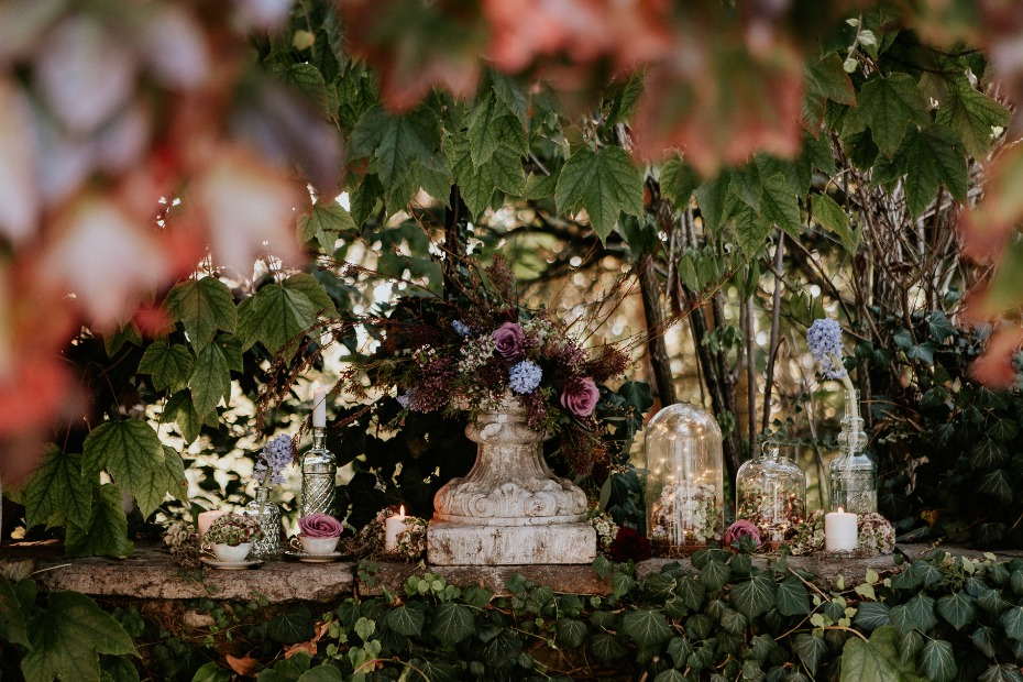 whimsical terrarium wedding decor