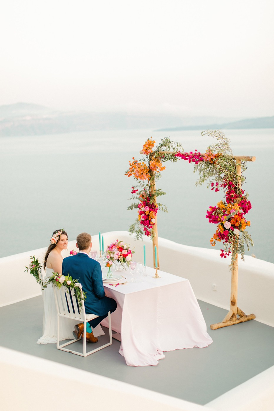Romantic wedding dinner in Santorini