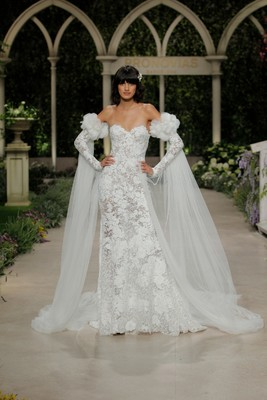 2019 Atelier Pronovias Collection Fashion Show