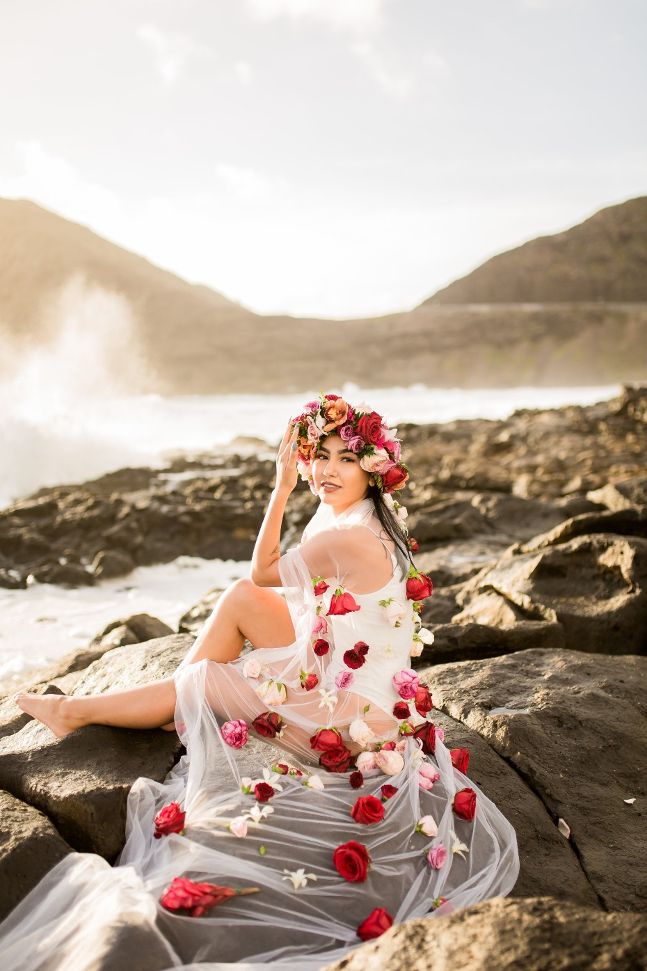 Dreamy bridal portrait session in Hawaii
