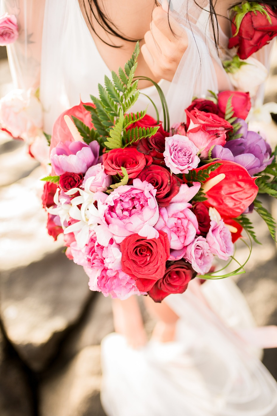 Heart shaped bouquet in pink and red