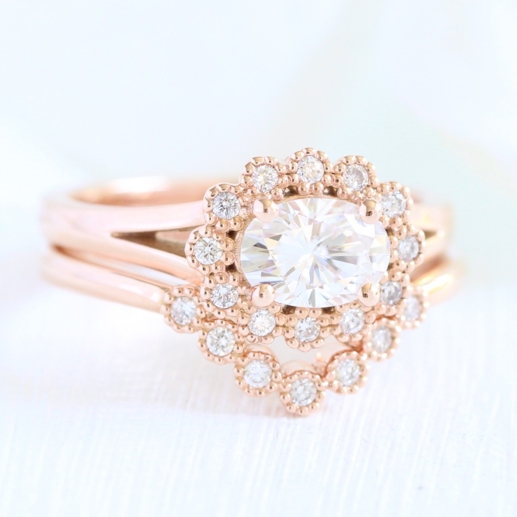 East West Setting rings are predicted to be a huge engagement ring trend for 2018! See more of this style in our Vintage Halo ring