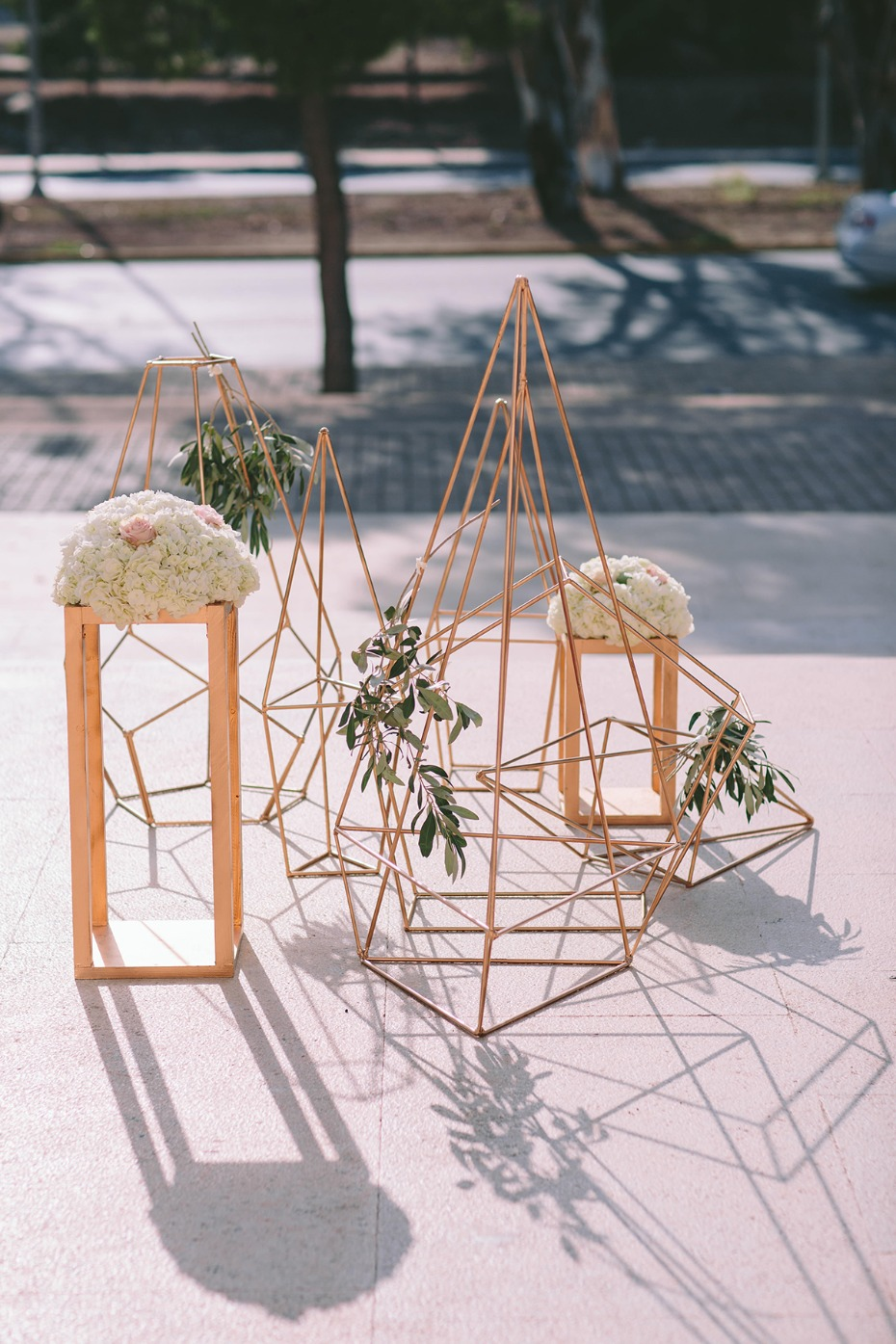 modern inspired gold and white wedding decor