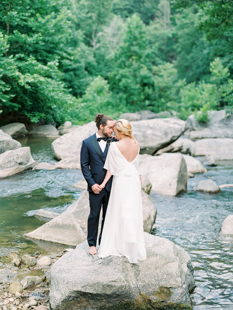 river wedding photo idea