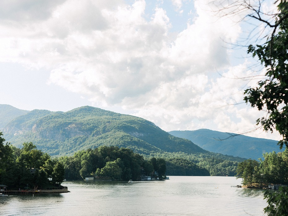 get lost in mountains of North Carolina
