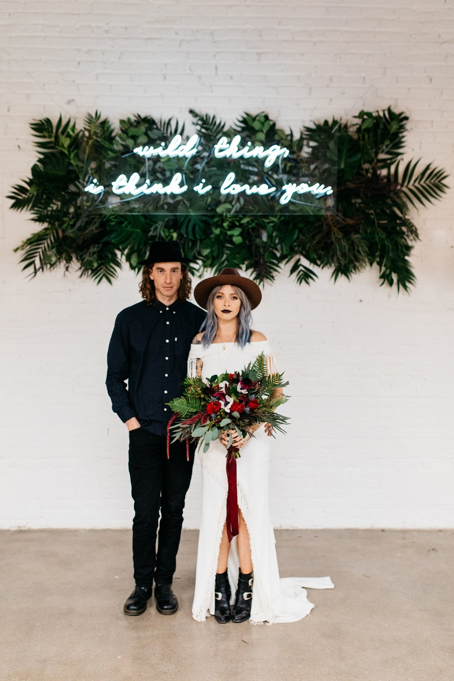 Edgy glam wedding ideas to steal right now