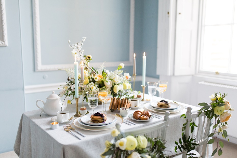 soft blue and yellow wedding table decor