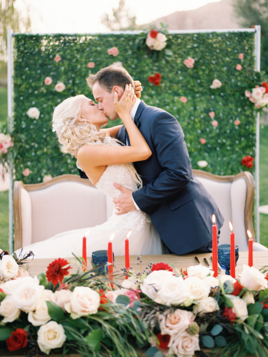 Blush and red wedding in Arizona