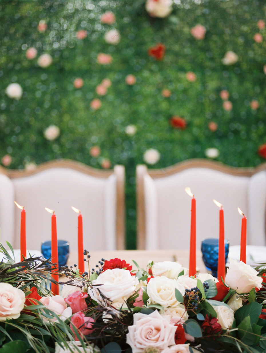 Red and blush sweetheart table