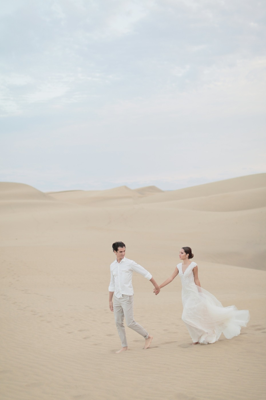 Sand dunes wedding in Spain