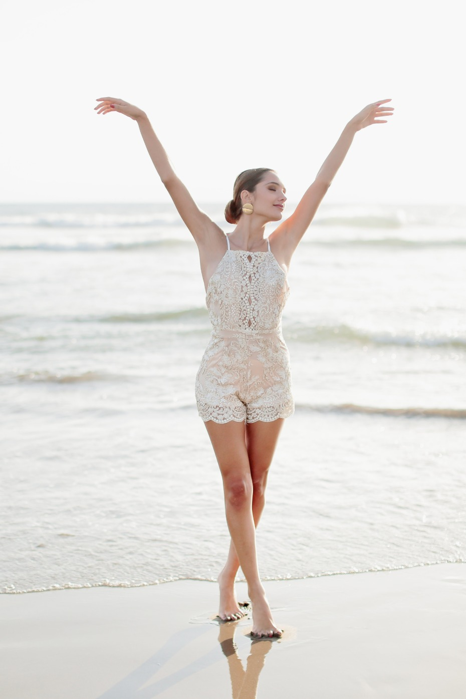 Lace romper for a honeymoon in Maspalomas