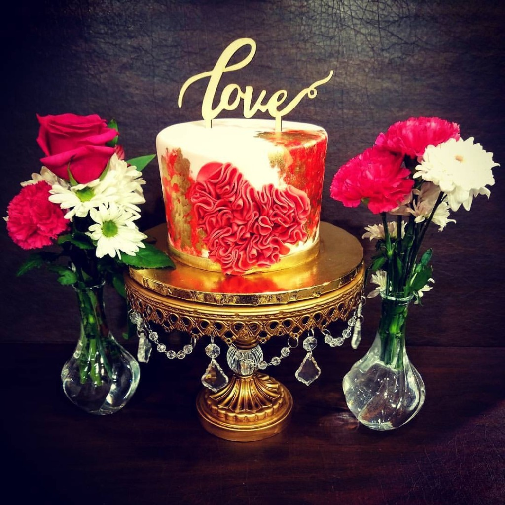 Opulent Treasures collection of wedding cake stands you will love!