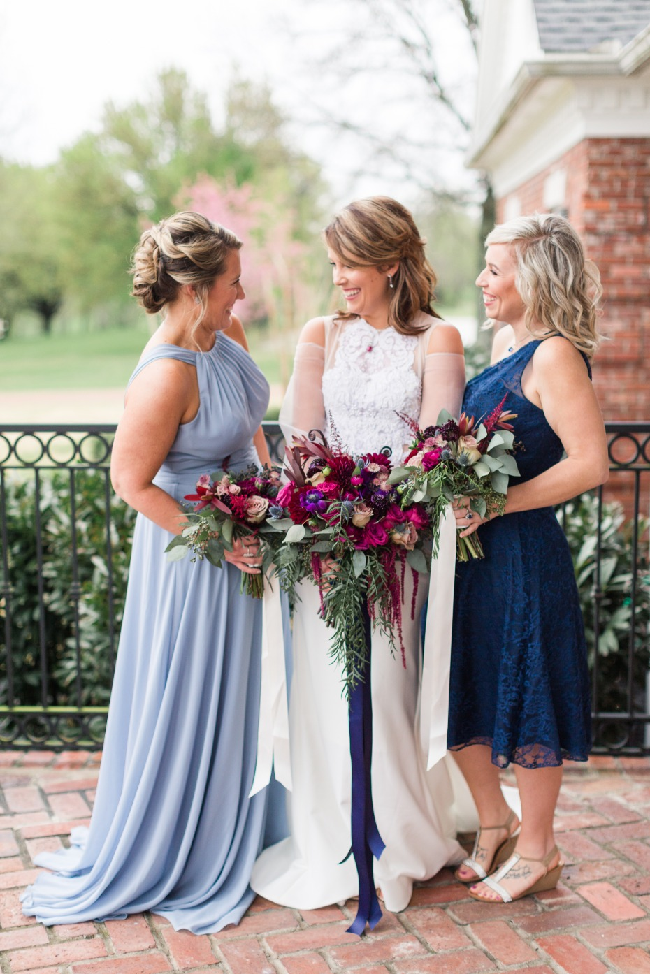 bridesmaids in blue dresses
