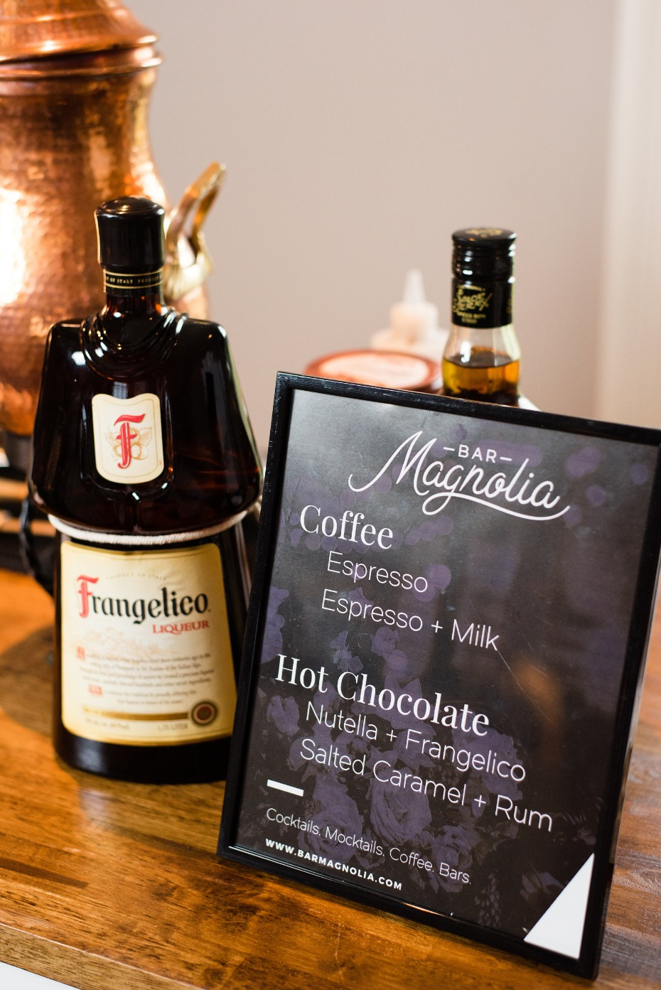 hot chocolate and coffee wedding bar