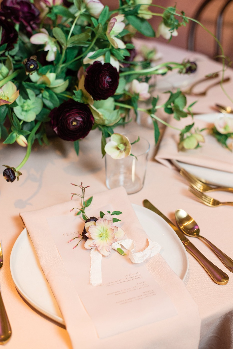 elegant gold and white wedding place setting