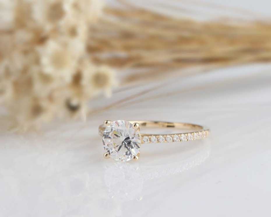 Yeefvm Solid Gold Round Simulated Diamond Engagement Ring