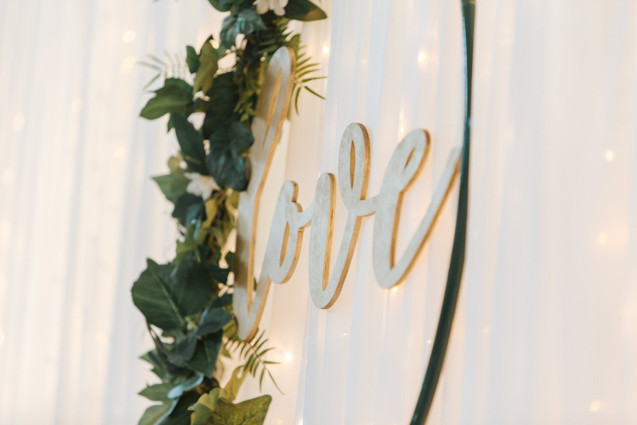 love wedding sign
