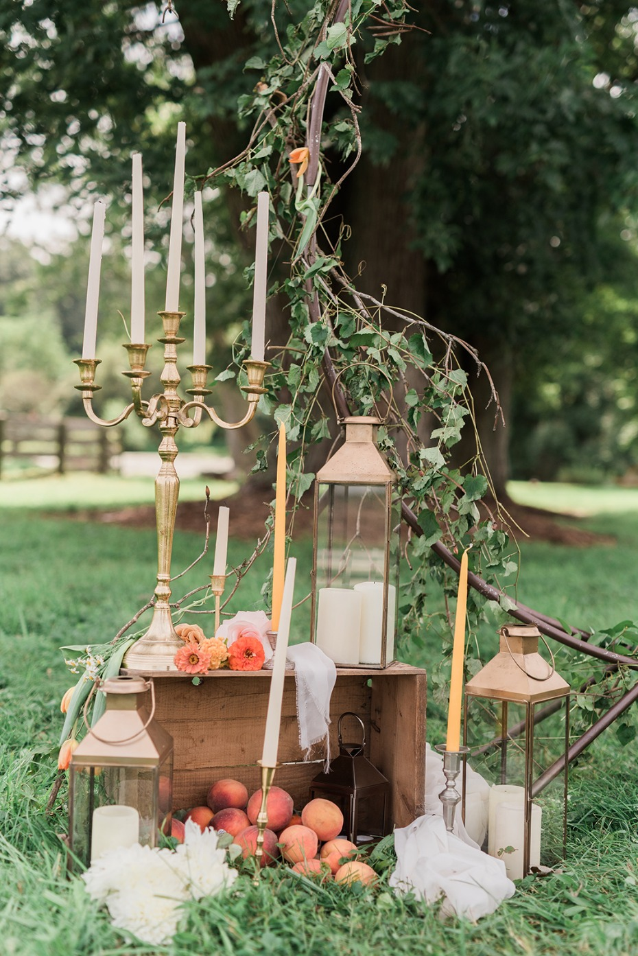eclectic summertime wedding decor