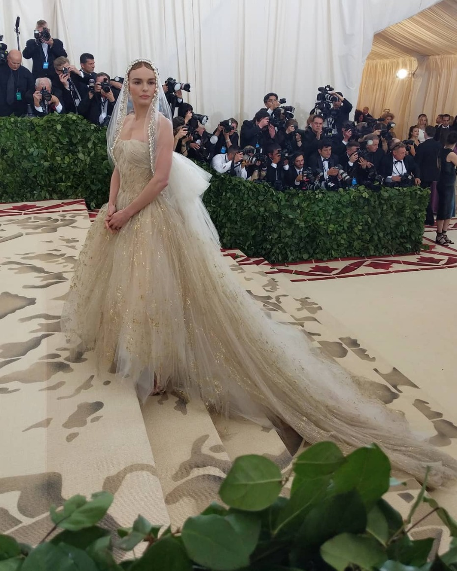 Met Gala Kate Bosworth in Custom Oscar de la Renta