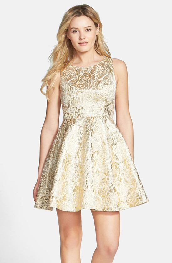 New Year's Eve Dresses & Party Must Haves