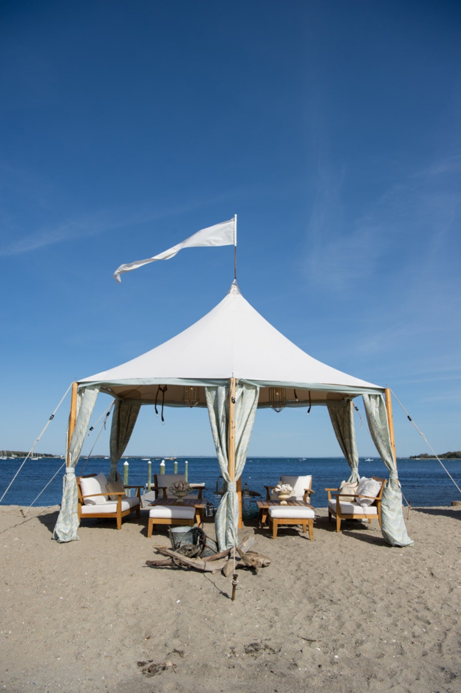 beach wedding tent lounge