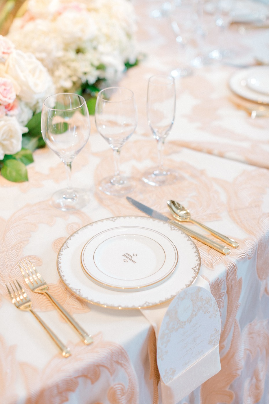 Fancy place setting in blush and gold