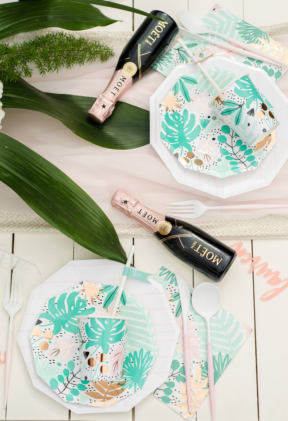 how to bring a tropical paradise to your bridal shower