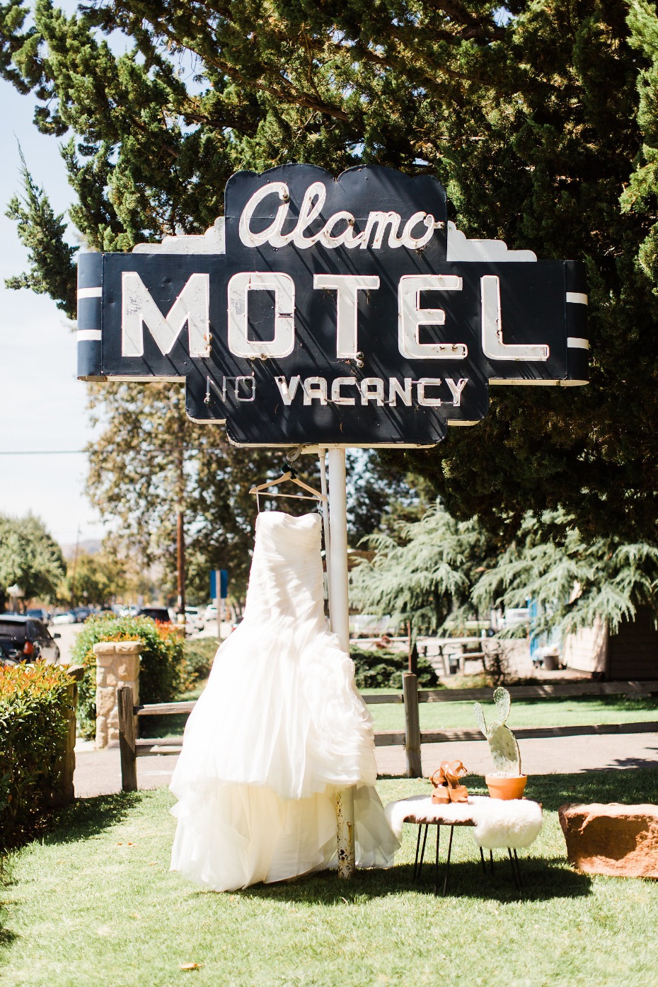 A desert chic wedding at the Alamo motel