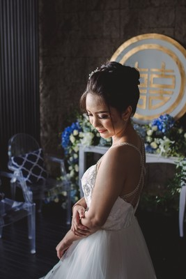 Blue and White Airy Wedding Inspiration in Bali