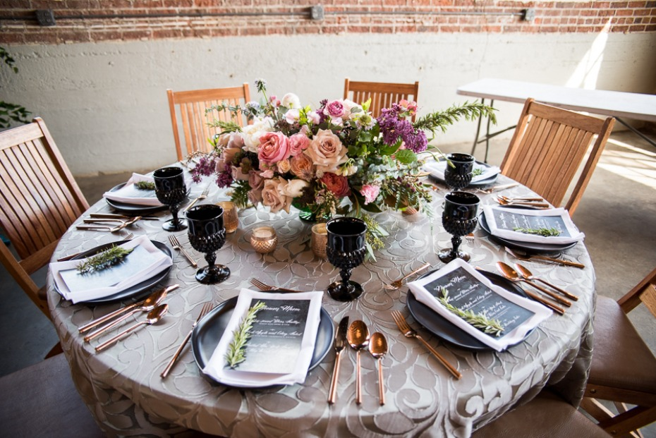 black and rose gold wedding table decor