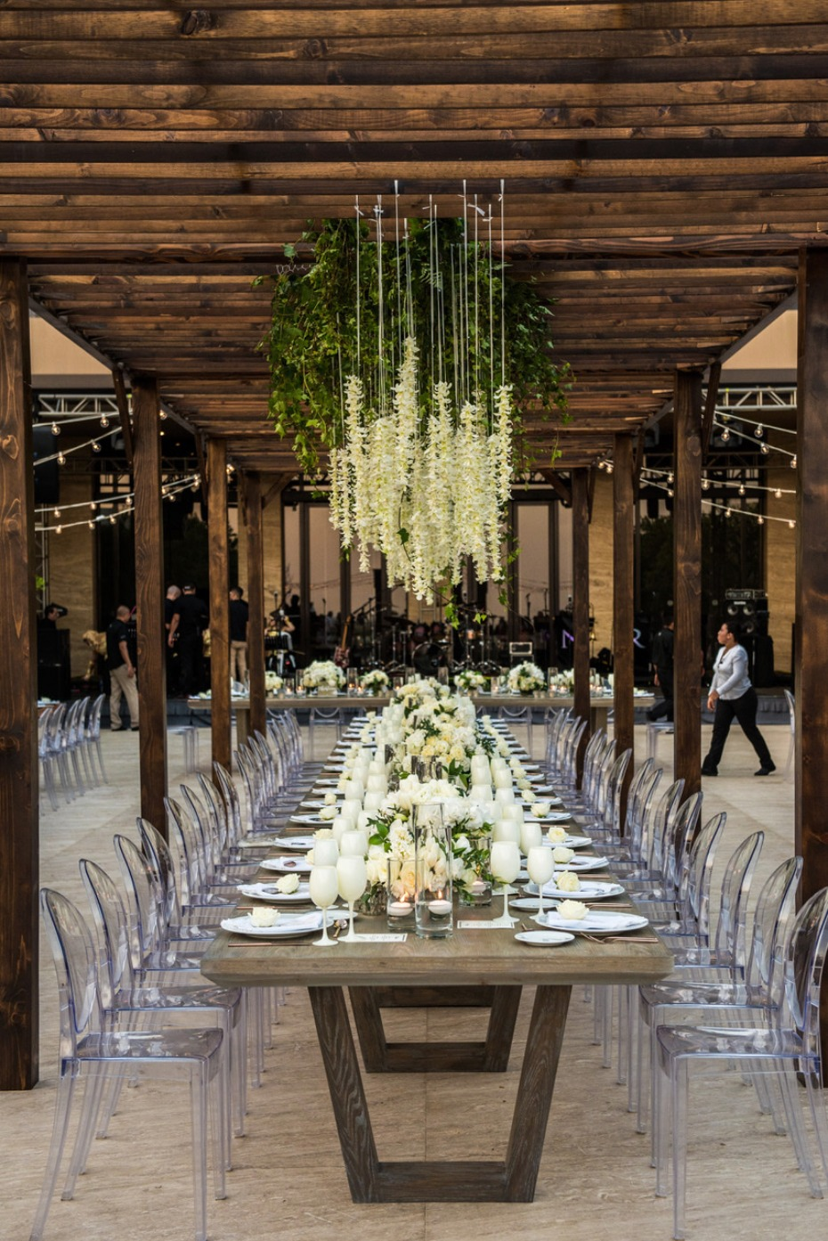Head table with floral canopy