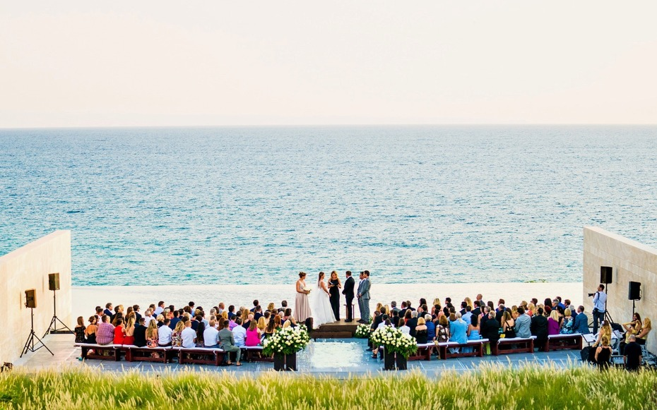 Waterfront ceremony in Cabo