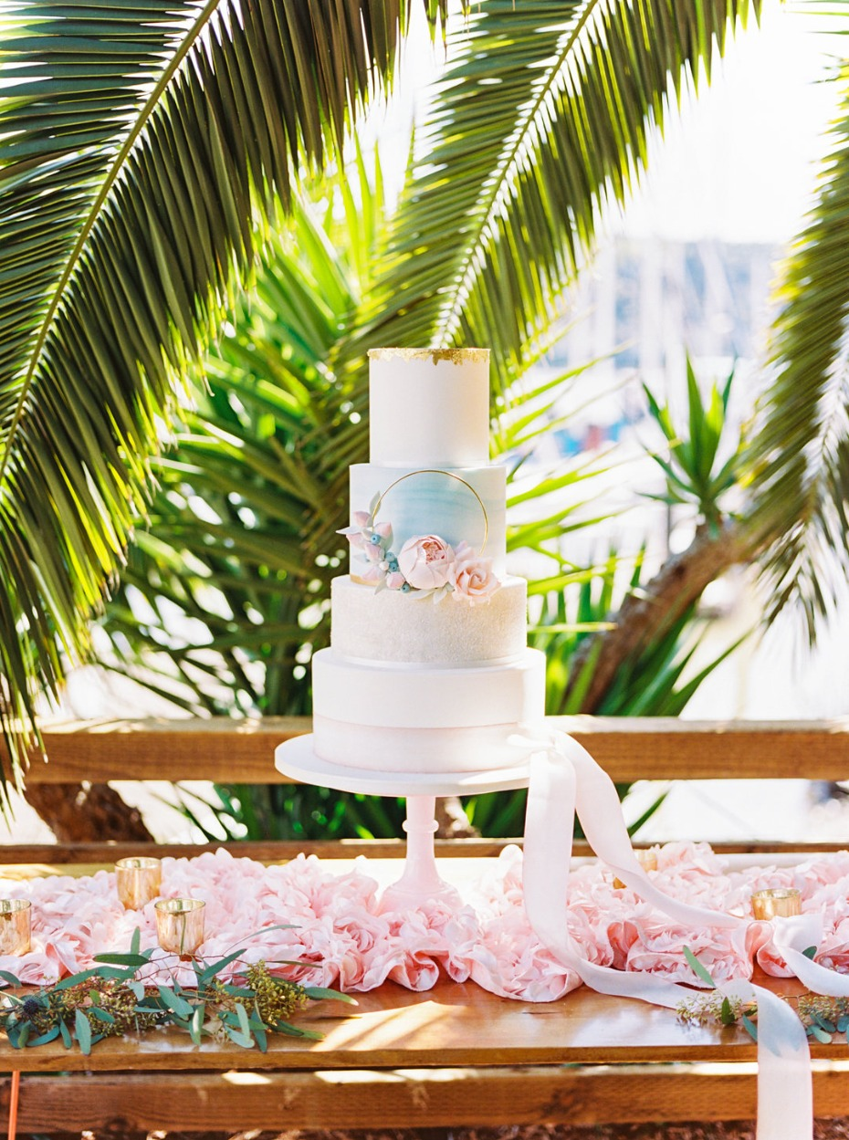 Beautiful cake table