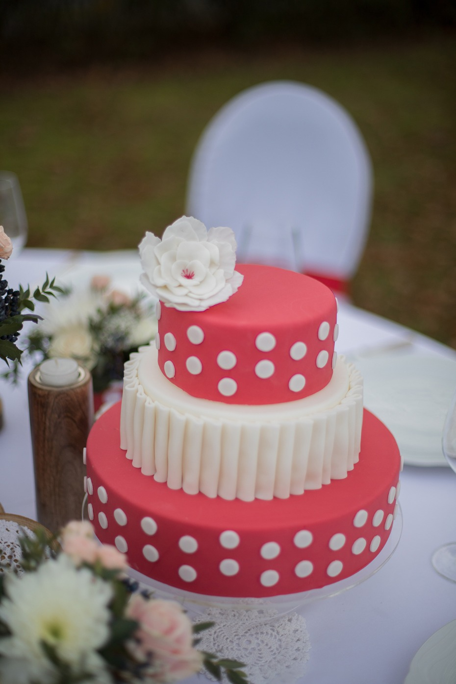 red and white polka dot wedding cake