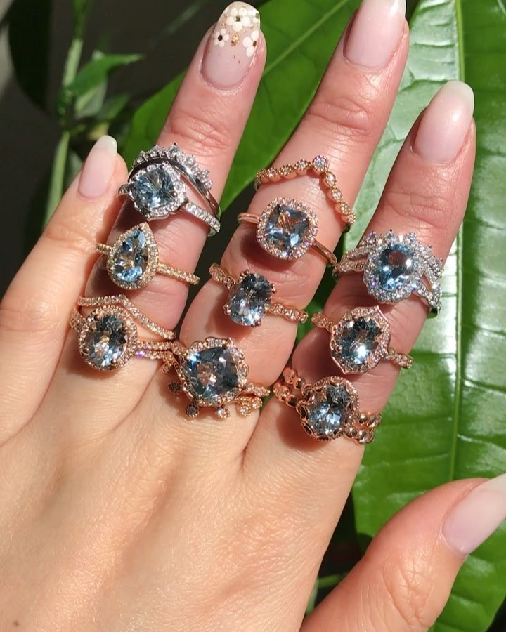 It's Wedding Wednesday {woot woot!} so a handful of something blue stones feels appropriate 🔹 Okay, we need to know which ones