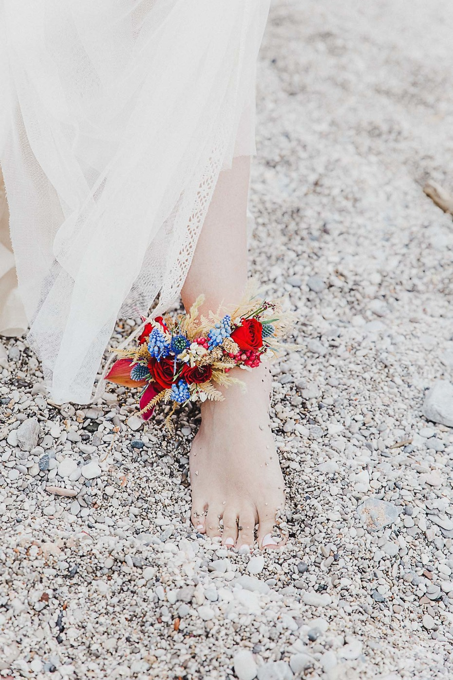 Beach bride floral accent