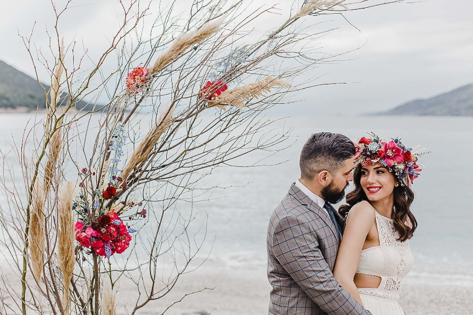 Bohemian beach wedding inspiration in Greece