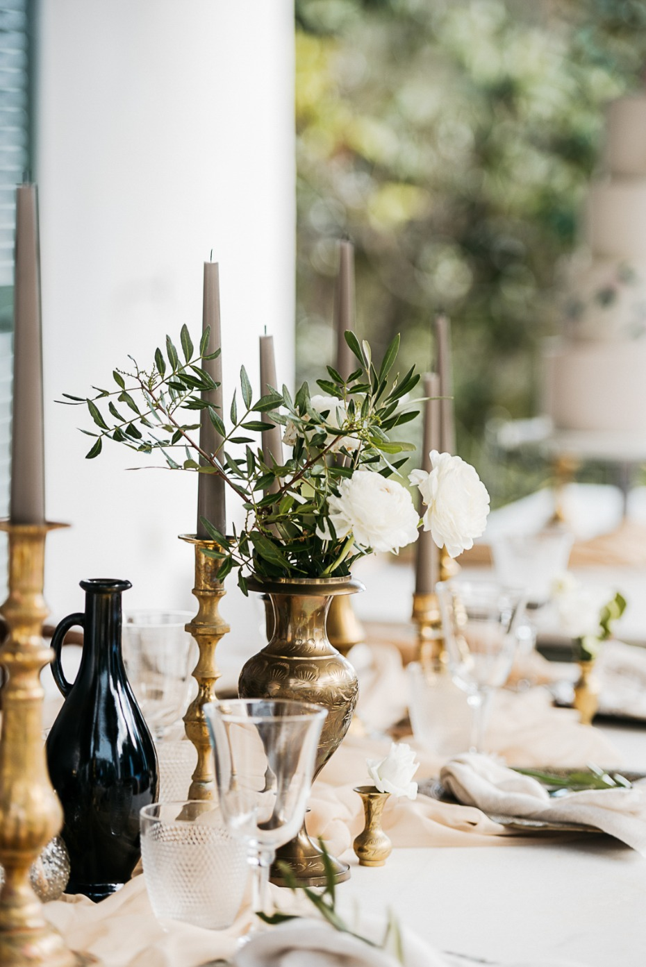 wedding table decor with Spanish flair