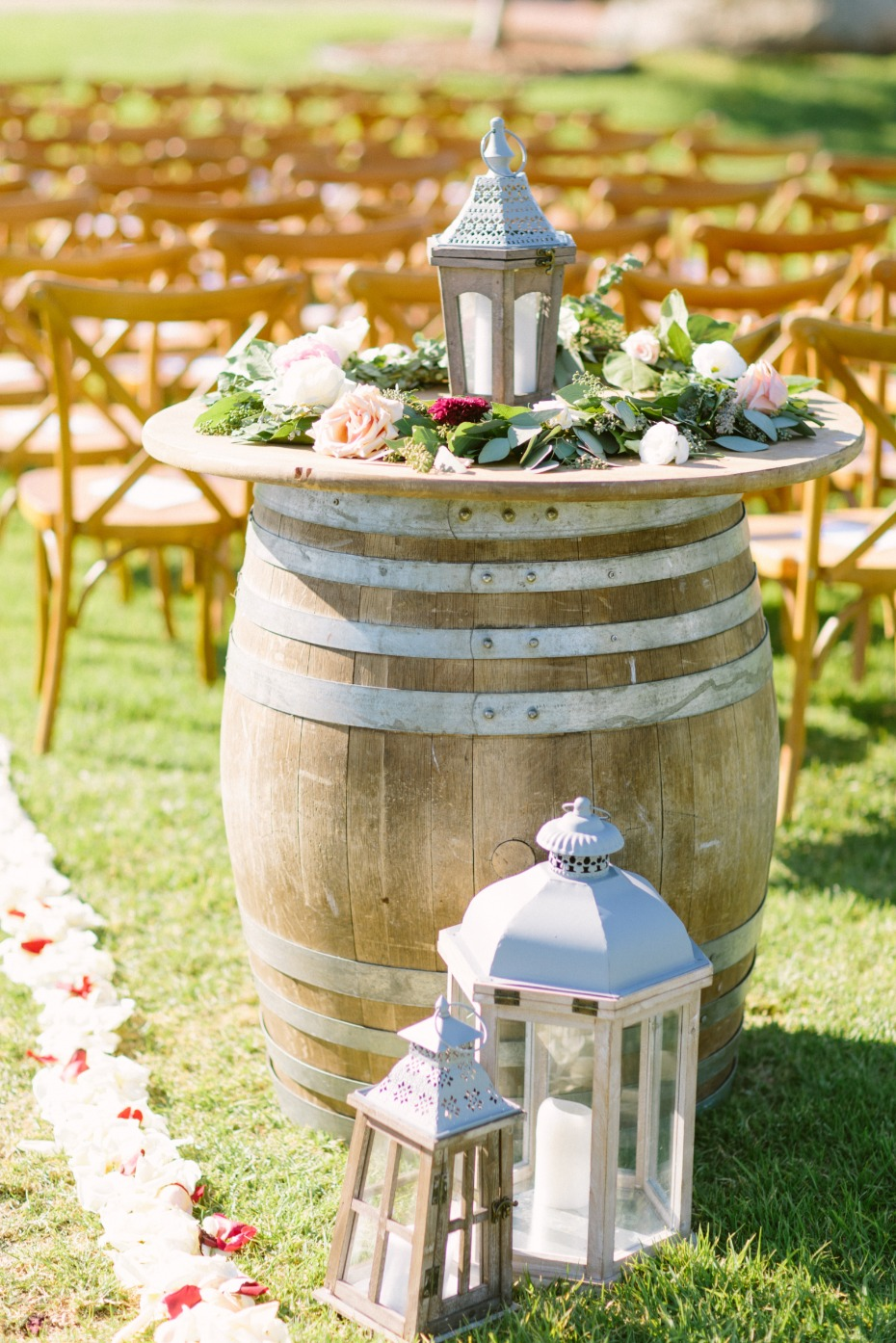 Whiskey barrel ceremony decor