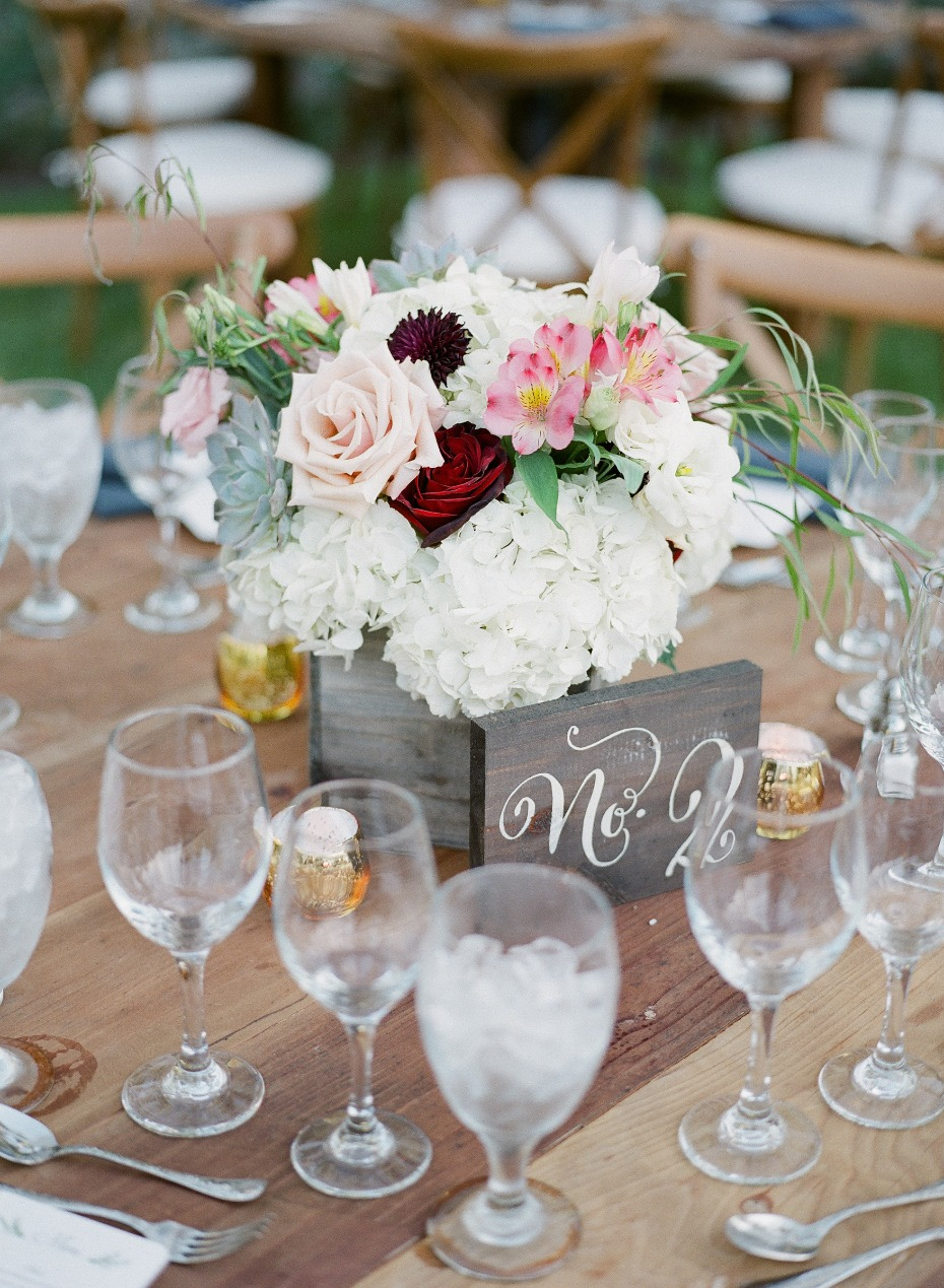 Rustic centerpiece with wood