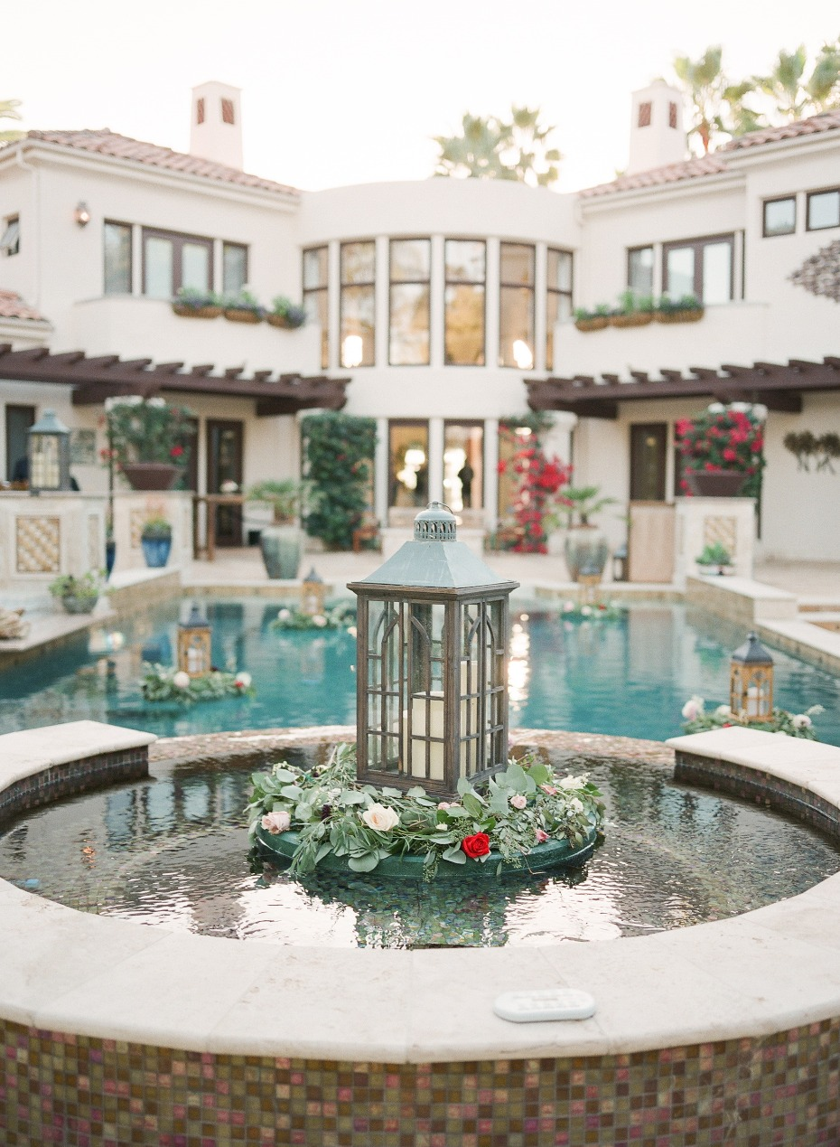 Pool wedding decor