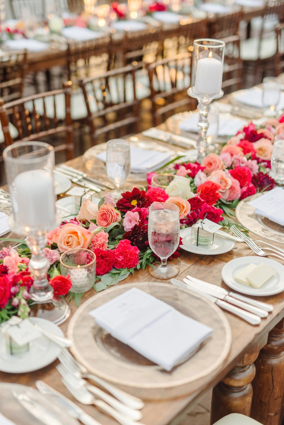 romantic pink and gold wedding table decor