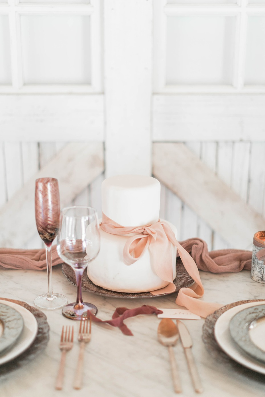 blush and metallic sweet hearts table