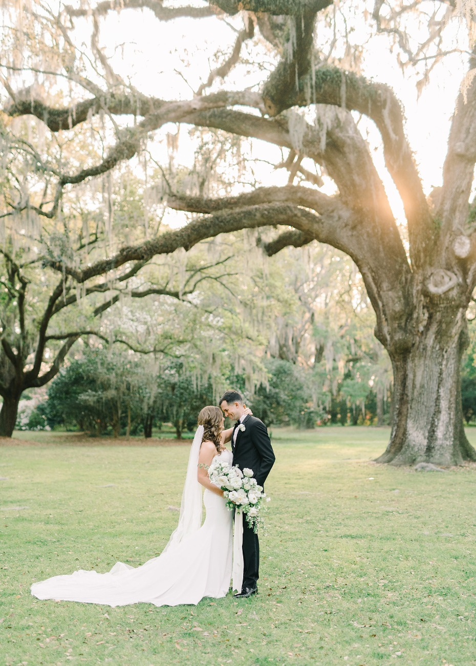 romantic wedding at Legare Waring House